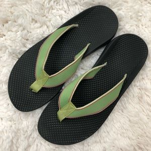 Chaco Vibram Green and Pink Flip Flops Size 7